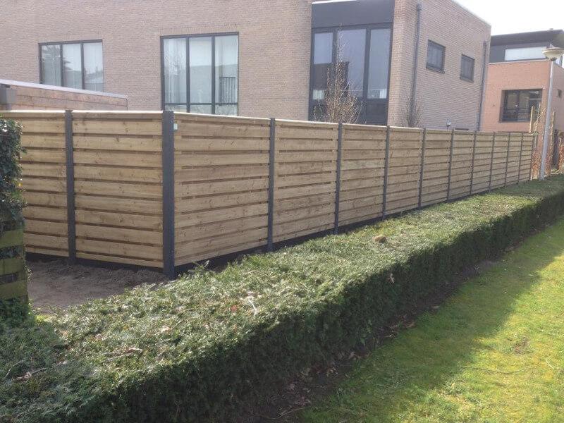 douglas schutting beton palen tuin tuinascheiding huis